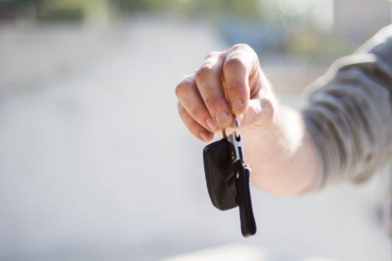 Akcyza od samochodów osobowych z zagranicy – Ministerstwo Finansów zapowiada zmiany od 2020 roku